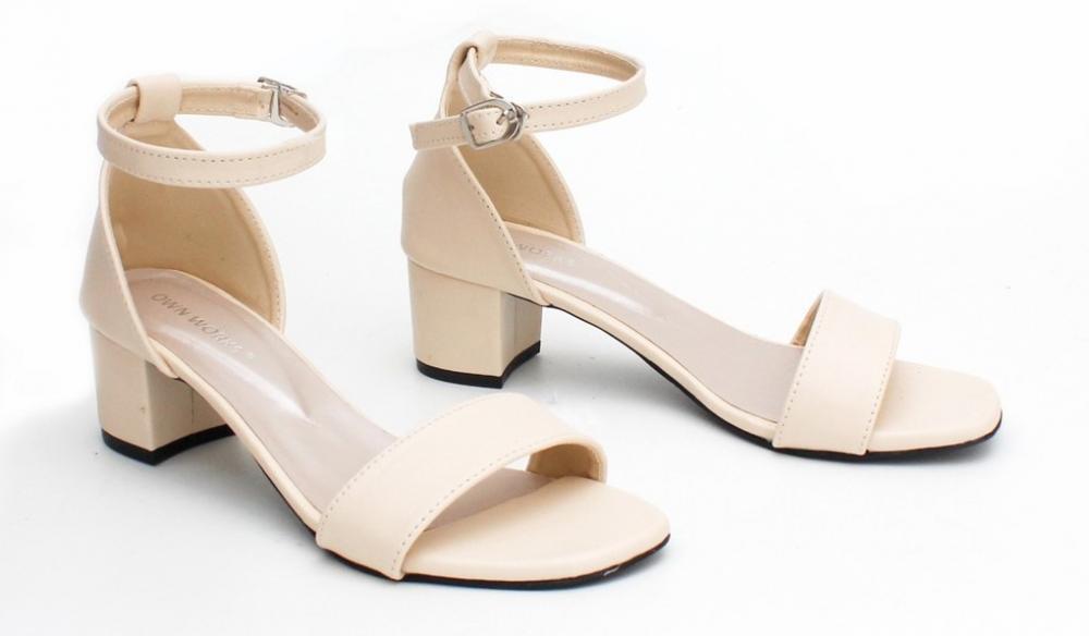 Tips Memilih Sepatu Heels yang Sempurna dan Nyaman